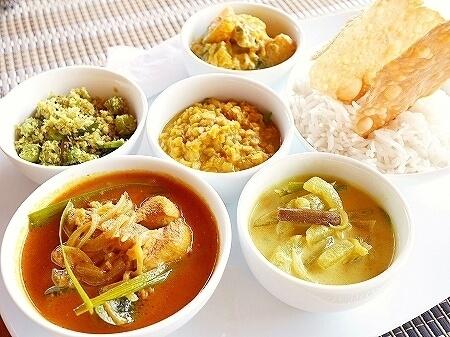 スリランカ カルナカララ・アーユルヴェーダ・スパ&リゾート 滞在記 レストラン 食事 カレー karunakarala
