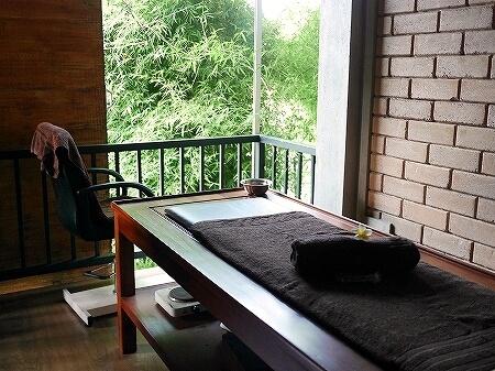 スリランカ カルナカララ・アーユルヴェーダ・スパ&リゾート 滞在記 シロダーラ トリートメントルーム karunakarala
