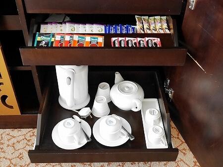 スリランカ シナモングランドコロンボ ホテル おすすめ 部屋 Cinnamon Grand Colombo 湯沸かしポット