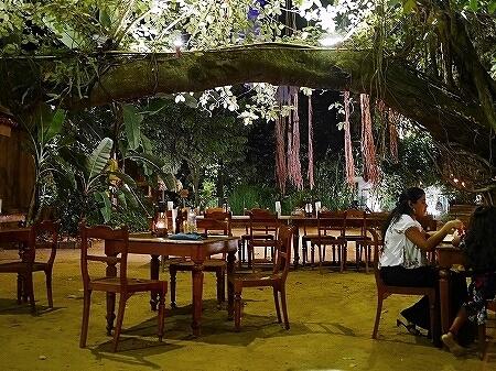 スリランカ コロンボ NUGA GAMA ヌガガマ Colombo レストラン