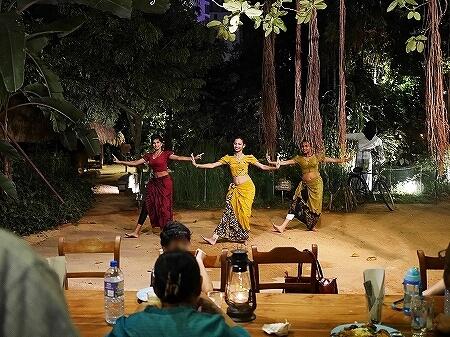 スリランカ コロンボ NUGA GAMA ヌガガマ Colombo レストラン スリランカ料理 ビュッフェ ダンス