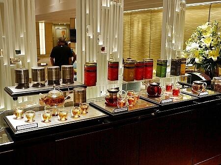 コロンボ Tea Lounge ティーラウンジ シナモングランドコロンボホテル