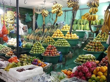 スリランカ コロンボ コルピティアマーケット Kollupitiya Market フルーツ 果物