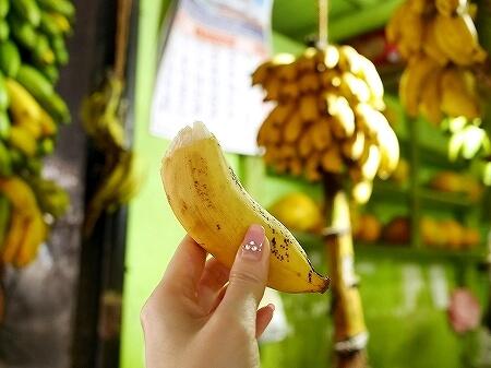 スリランカ コロンボ コルピティアマーケット Kollupitiya Market バナナ