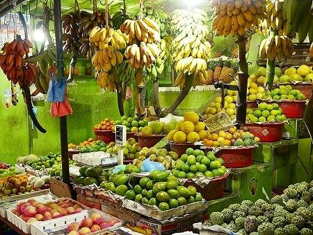 スリランカ コロンボ コルピティアマーケット Kollupitiya Market フルーツ バナナ