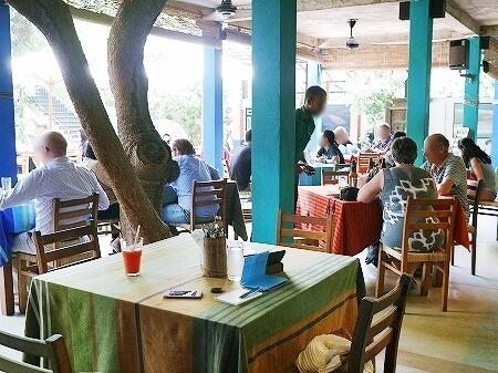 スリランカ コロンボ Barefoot Garden Cafe ベアフットガーデンカフェ