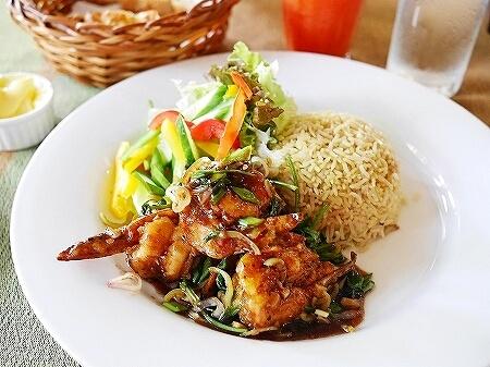 スリランカ コロンボ Barefoot Garden Cafe ベアフットガーデンカフェ エビ ランチ