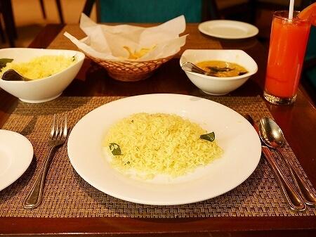スリランカ コロンボ パルマイラレストラン レヌカホテル Palmyrah  renuka hotel カニカレー クラブミートカレー 蟹肉
