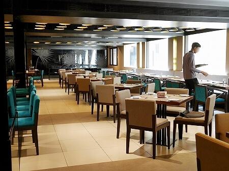 スリランカ コロンボ パルマイラレストラン レヌカホテル Palmyrah  renuka hotel 店内
