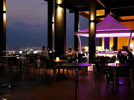 コロンボ スリランカ モーベンピックホテル movenpick おすすめ ルーフトップバー Vistas Bar 夜景