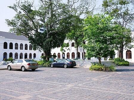 スリランカ コロンボ アーケード インディペンデンス スクエア