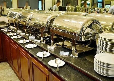 スリランカ コロンボ 空港 プライオリティパス ロータスラウンジ LOTUS FIRST CLASS LOUNGE 食べ物