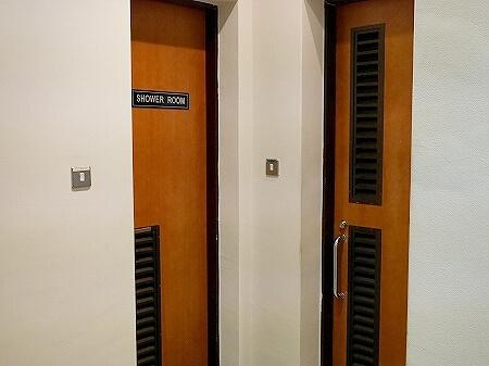 スリランカ コロンボ 空港 プライオリティパス ロータスラウンジ LOTUS FIRST CLASS LOUNGE シャワールーム