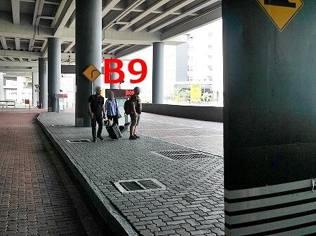 三井アウトレットパーク クアラルンプール国際空港 セパン KLIA2 行き方 バス停 シャトルバス