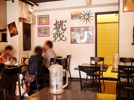 おすすめ スリランカ料理 レストラン スパイシービストロ タップロボーン spicy bistro Taprobane 店内