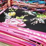 台湾 台北 迪化街 ディーホアジエ てきかがい 永楽市場 布市場 右翔進口傢飾布  右翔布行 お土産 ランチョンマット