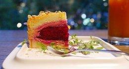 台北「The One」ドラゴンフルーツのド派手ケーキがスゴイ!中山エリアのオシャレカフェ♡(花園蔬果蛋糕)