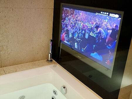 タンゴホテル南西館 天閣酒店-台北南西 The TANGO HOTEL Taipei NanShi タイペイ ナンシー 部屋 バスルーム テレビ