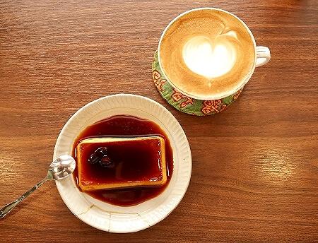 台湾 台北 幻猻家珈琲 Pallas Cafe 迪化街 ディーホアジエ おすすめ カフェ カフェラテ プリン