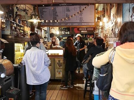 台湾 台北 Wilbeck Cafe 人気 カフェ 威爾貝克咖啡信陽店 店内