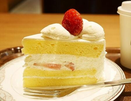 成田空港第2ターミナル カフェ エヌズコート N's COURT ショートケーキ いちご