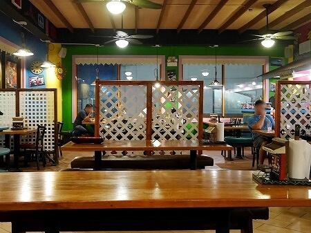 グアム ジャマイカングリル Jamaican Grill 店内