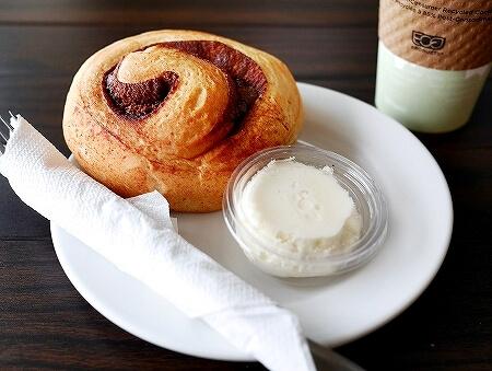 グアム カップ&ソーサー Cup & Saucer Bakery & Crepe Cafe シナモンロール ハニーラテ