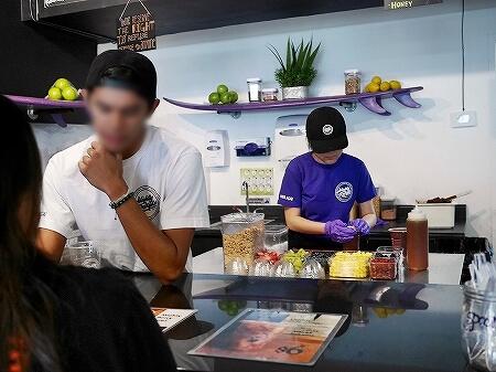 グアム マイティーパープルカフェ アサイーボウル Mighty Purple Cafe 店内
