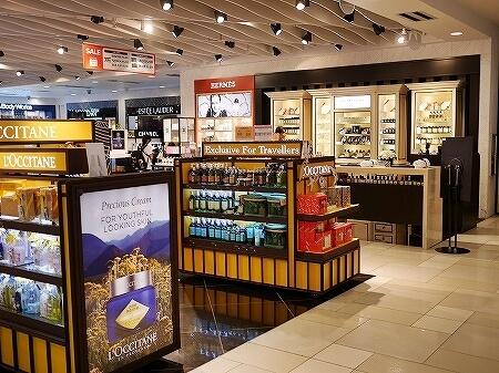 グアム国際空港 出国後 免税店 化粧品 ジョーマローン ロクシタン