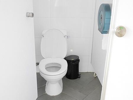 ベトナム ホーチミン ザ ドーム サイゴン The Dorm Saigon シャワールーム トイレ