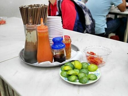 ベトナム ホーチミン フォーホア パスター Pho Hoa Pasteur 卓上調味料 人気店