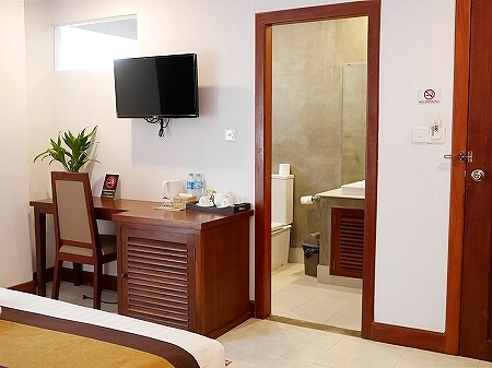 シャドーアンコールレジデンス シャドウアンコールレジデンス シャドー アンコール ホテル  Shadow Angkor Residence おすすめホテル カンボジア シェムリアップ 部屋 室内