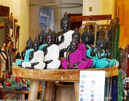 カンボジア シェムリアップ Graines de Cambodge グレインドゥカンボッジ お土産屋 仏像 ブッダ像 アクセサリー