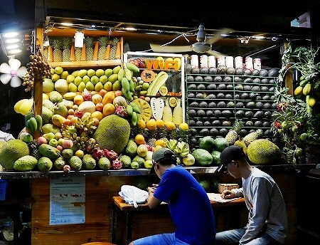 カンボジア シェムリアップ Angkor Trade Fruit Shake フルーツシェイク フルーツジュース おすすめ