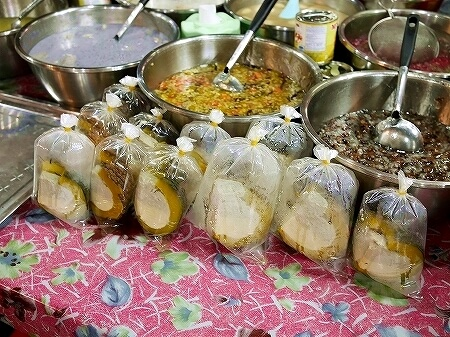 カンボジア オールドマーケット シェムリアップ かぼちゃプリン 屋台 ローカルスイーツ