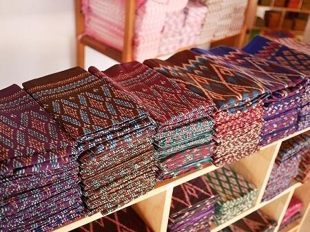 シェムリアップ お土産屋さん メイド・イン・カンボジア・マーケット Made in Cambodia Market カンボジア 布