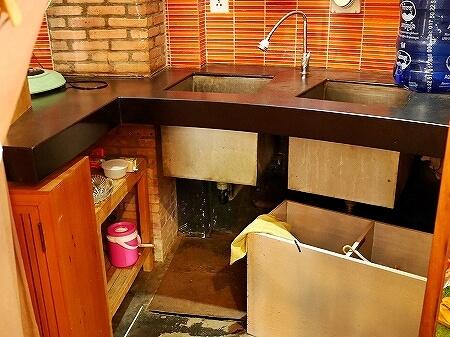 シェムリアップ お土産屋さん メイド・イン・カンボジア・マーケット Made in Cambodia Market カンボジア 更衣室