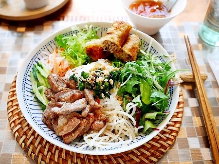 ヴェトナム・アリス 銀座店 マロニエゲート ベトナム料理 ブンチャー ブン・チャ・ゾー