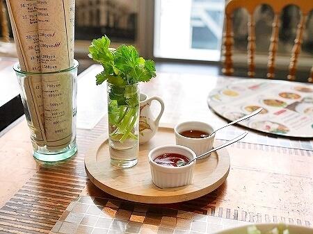 ヴェトナム・アリス 銀座店 マロニエゲート 店内 ベトナム料理