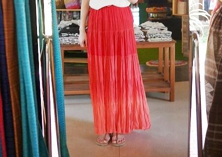 シェムリアップ カンボジア メイド・イン・カンボジア・マーケット お土産 Made in Cambodia Market マキシスカート ロングスカート