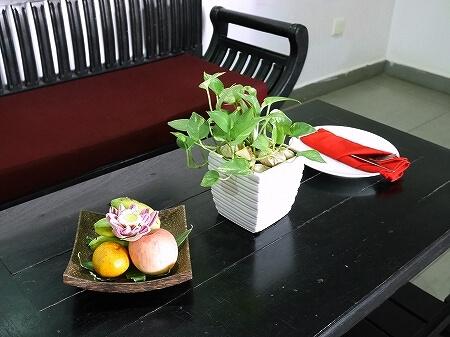 シェムリアップ クメール マンション ブティック ホテル Khmer Mansion Boutique Hotel カンボジア 部屋 ウェルカムフルーツ