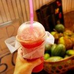 カンボジア シェムリアップ フルーツシェイク フルーツジュース パブストリート FRESH CORNER スイカジュース