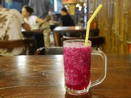 シェムリアップ クメールテイストレストラン Khmer Taste Restaurant カンボジア フルーツシェイク ドラゴンフルーツ