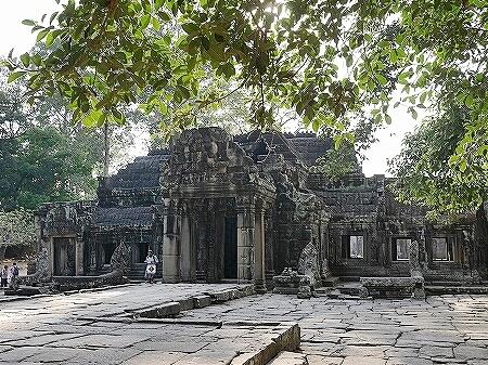 バンテアイ・クデイ カンボジア 遺跡
