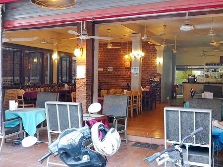 シェムリアップ Five Sons ソクサン通り レストラン カンボジア