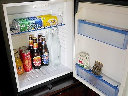 シェムリアップ プーム バイタン リゾート  Phum Baitang Resort ホテル 田園 宿泊記 部屋 テラスヴィラ ミニバー 冷蔵庫