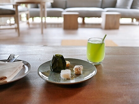 シェムリアップ プーム バイタン リゾート  Phum Baitang Resort ホテル 田園 宿泊記 部屋 テラスヴィラ ウェルカムドリンク