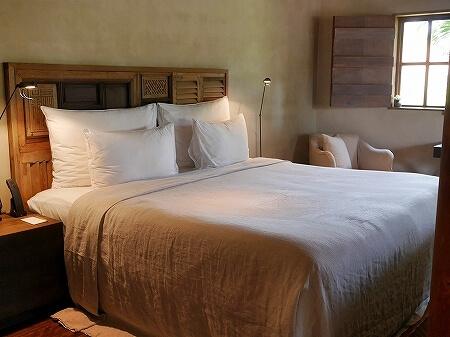 シェムリアップ プーム バイタン リゾート  Phum Baitang Resort ホテル 田園 宿泊記 部屋 テラスヴィラ ベッド