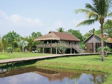 シェムリアップ プーム バイタン リゾート Phum Baitang Resort ホテル 田園 バー 宿泊記