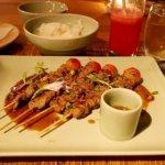 シェムリアップ プーム バイタン リゾート Phum Baitang Resort ホテル 田園 宿泊記 プール BAY PHSAR レストラン ディナー 食事 夕食